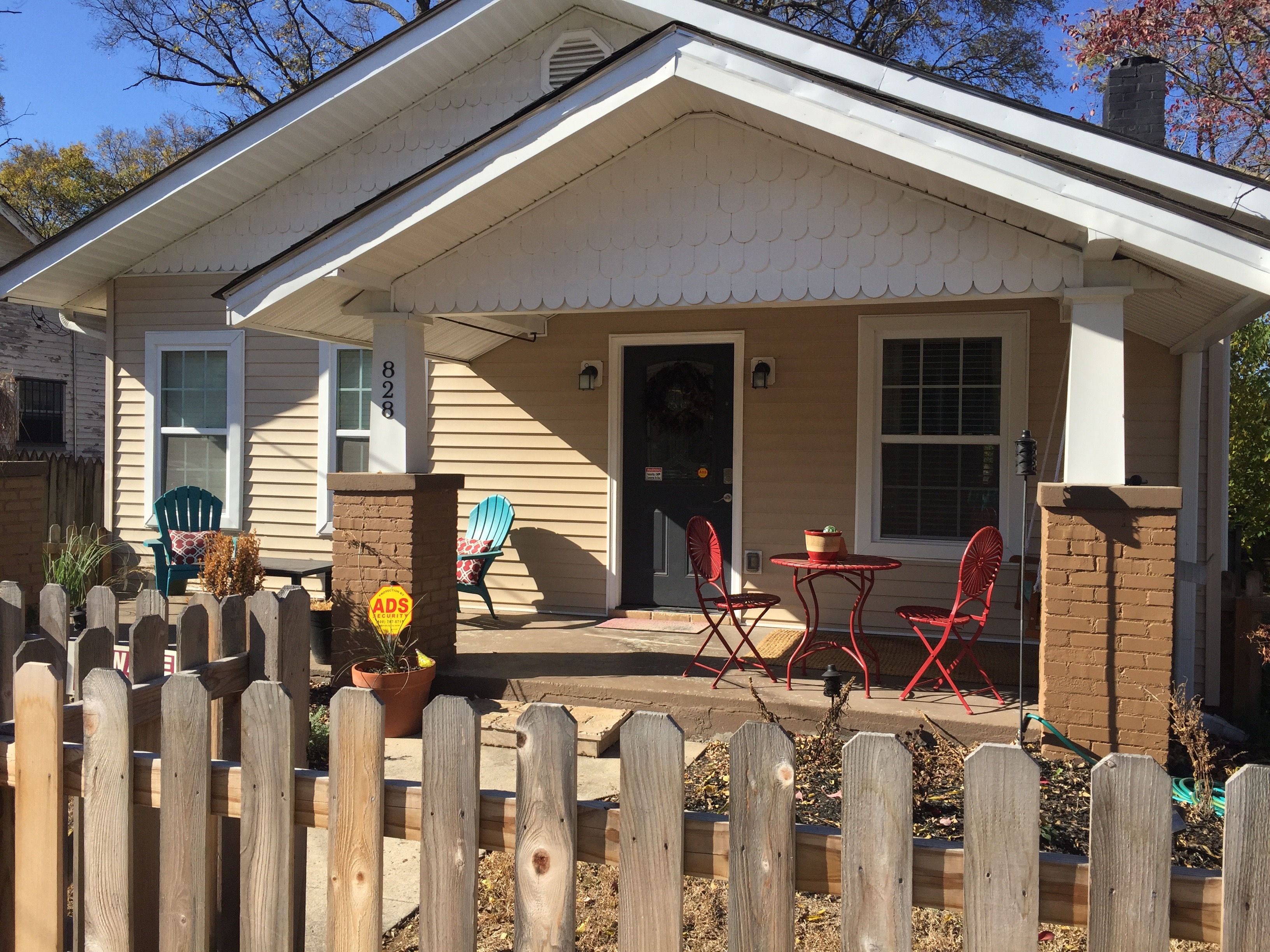 Charming East Nashville Renovated 1920s Bungalow