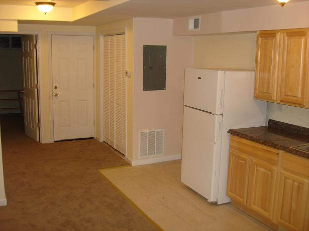 Deanwood 1 Bedroom Rental At Eastern Ave Ne 900 Apartable