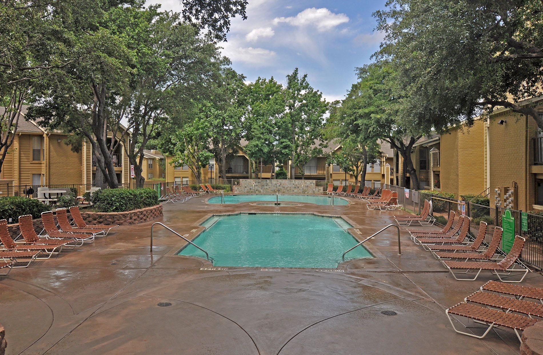 Pool 6 pavilion