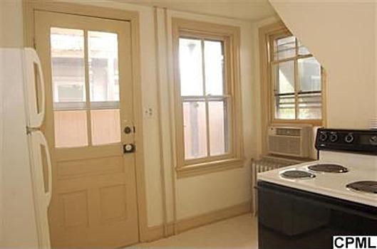 1 Br Apartment - Central HVAC - Dec 1st