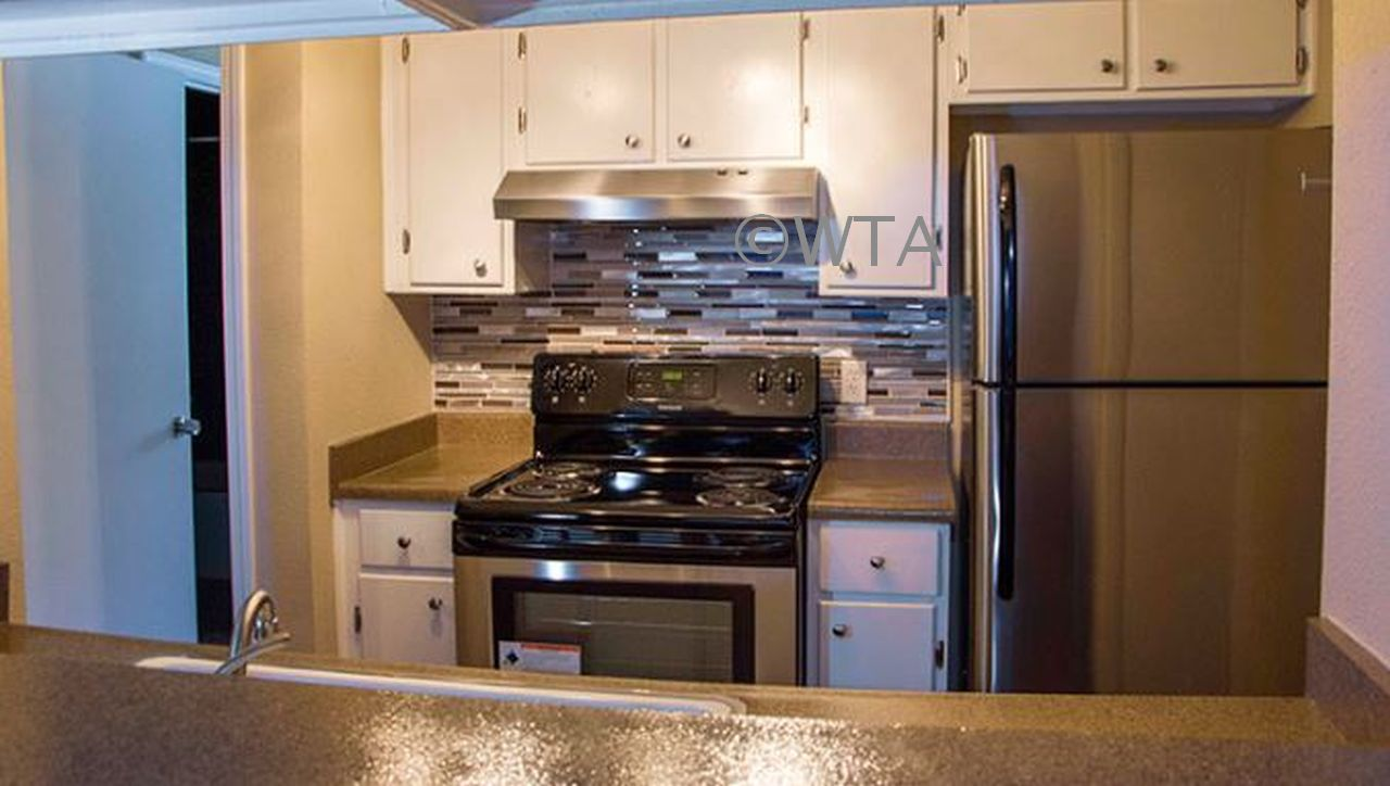 $299 total move in cheap rates