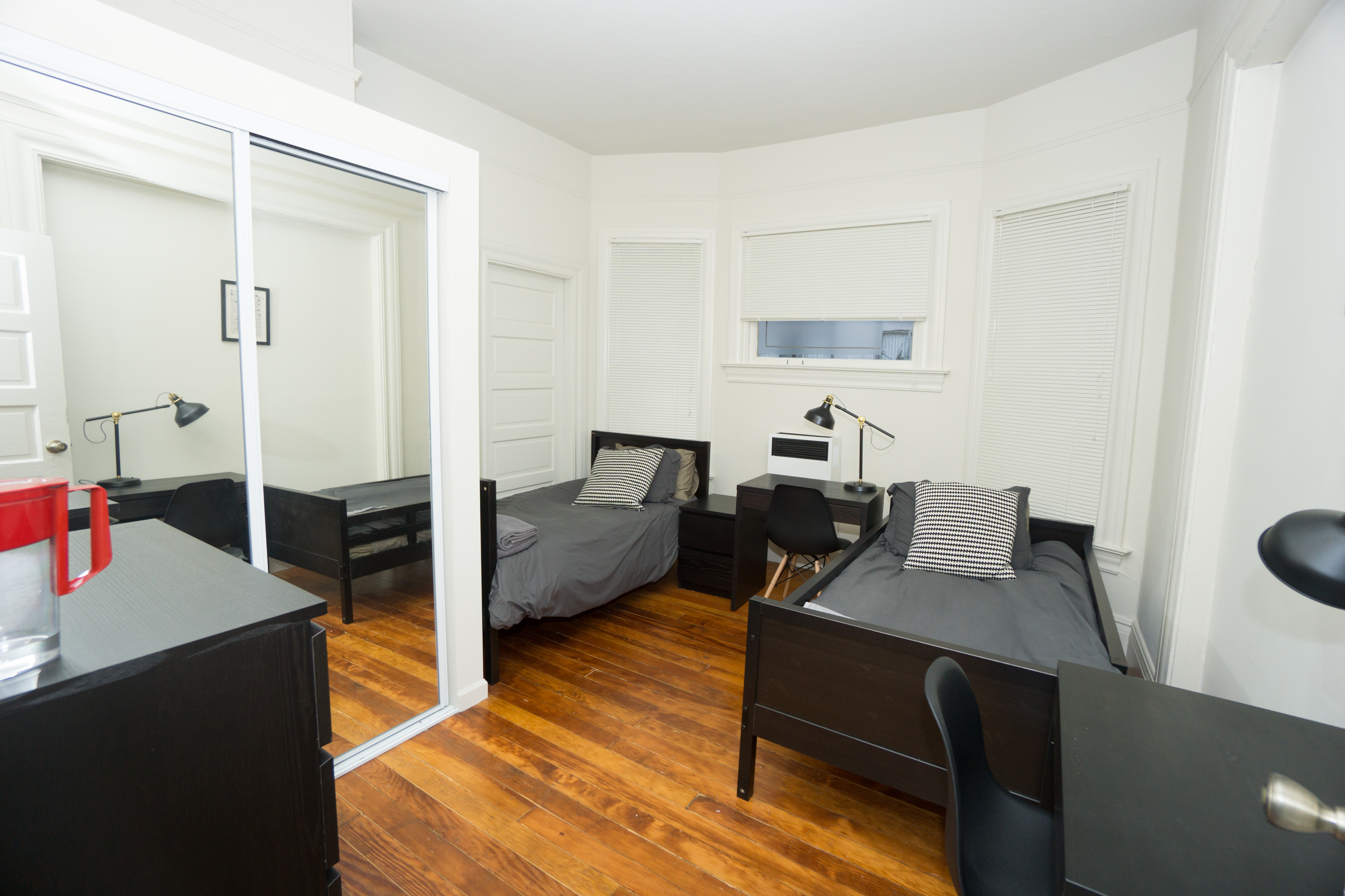 Bancroft House: Room w/ 2 beds close to Bart & UCB