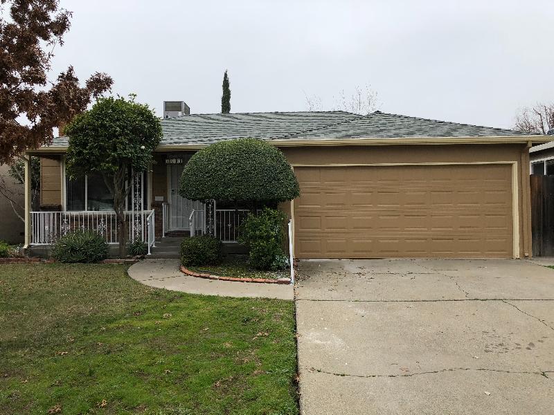 Mangan Park neighborhood (Sacramento, Ca 95822)