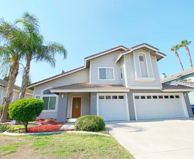 $2,800 - 4 Bed / 3 Bath House in Tevis Ranch